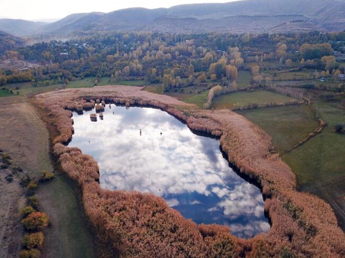Köylüler harekete geçti! Iğdır'ın doğa harikası Üçkaya Gölü ziyarete açılacak - Resim: 1