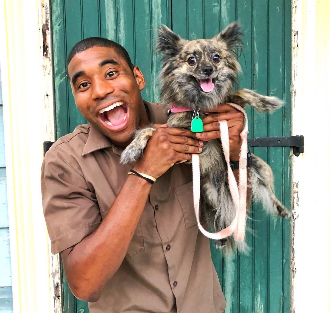 O güzergahındaki her köpeğin favori kargocusu - Resim: 1
