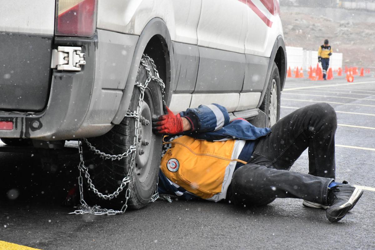 Ambulans şoförleri 'en iyi' olmak için yarıştı - Resim: 2
