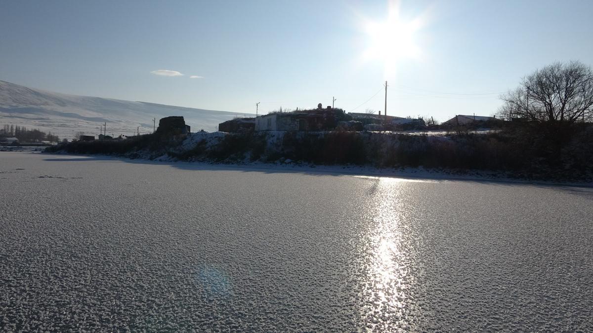 Ardahan'da Aktaş Gölü dondu - Resim: 2