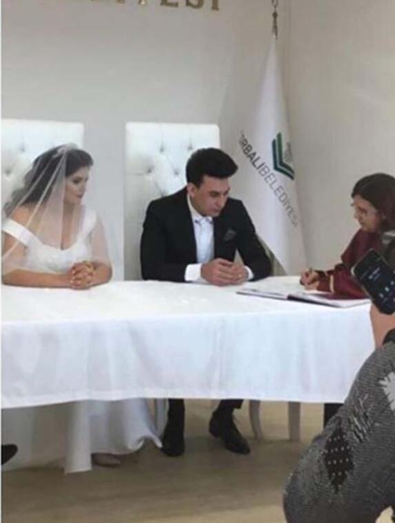 Fenomen gelin adayı Hanife Gürdal, Kemal Ayvaz ile evlendi - Resim: 1