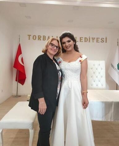 Fenomen gelin adayı Hanife Gürdal, Kemal Ayvaz ile evlendi - Resim: 3