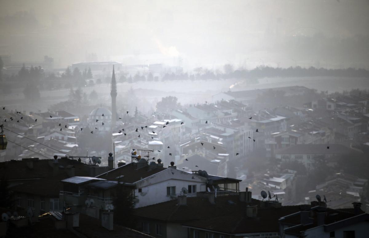 Ankara güne yoğun sisle uyandı - Resim: 1