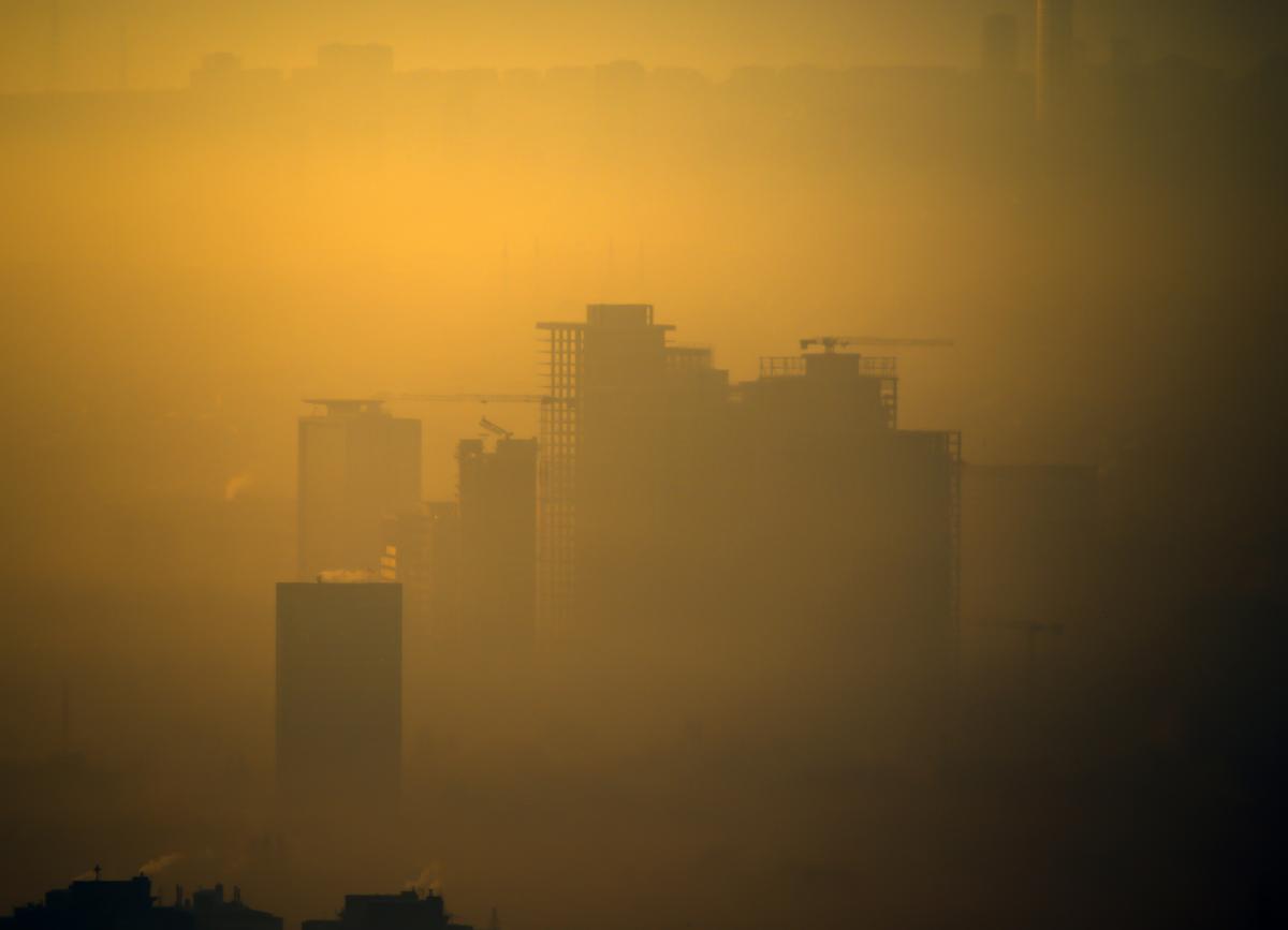 Ankara güne yoğun sisle uyandı - Resim: 3