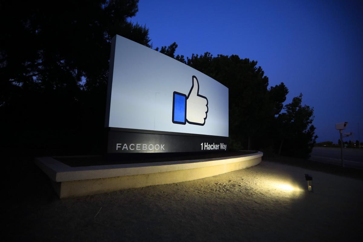 Facebook'un eski veri bilimcisi: Ellerimde kan var