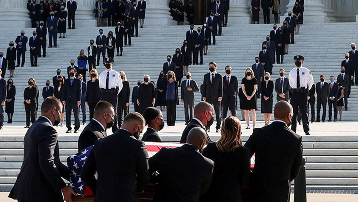 'Eşitlik Savaşçısı' Ginsburg'a ABD'de üst düzey cenaze!