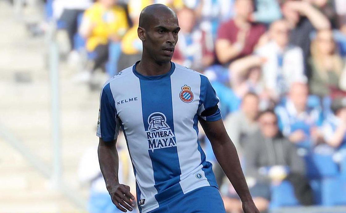 Antalyaspor savunmasına La Liga'dan takviye