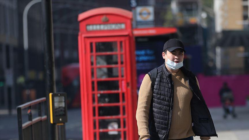 İngiltere'de koronavirüs vaka sayısında rekor artış