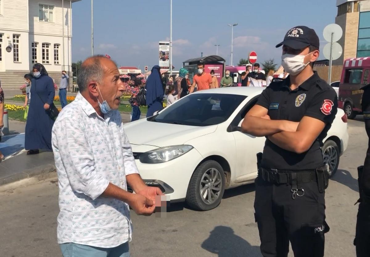 Eski vekil, cezaya sinirlenip polislere hakaret etti