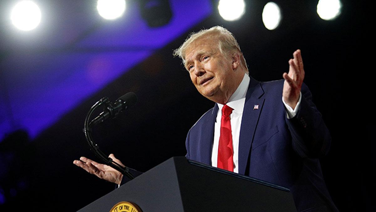 Trump: Diktatör diye suçlanmadan şaka bile yapamıyorsun