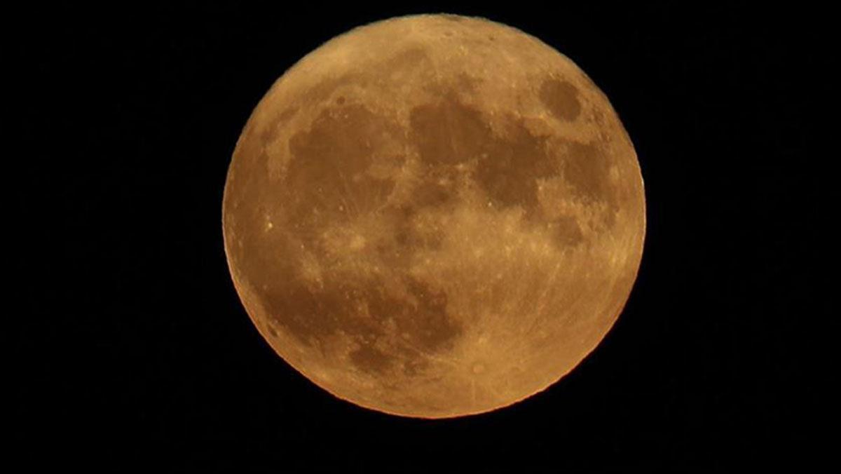 Ay 4 milyar yıl önce Güneş'ten korumuş olabilir