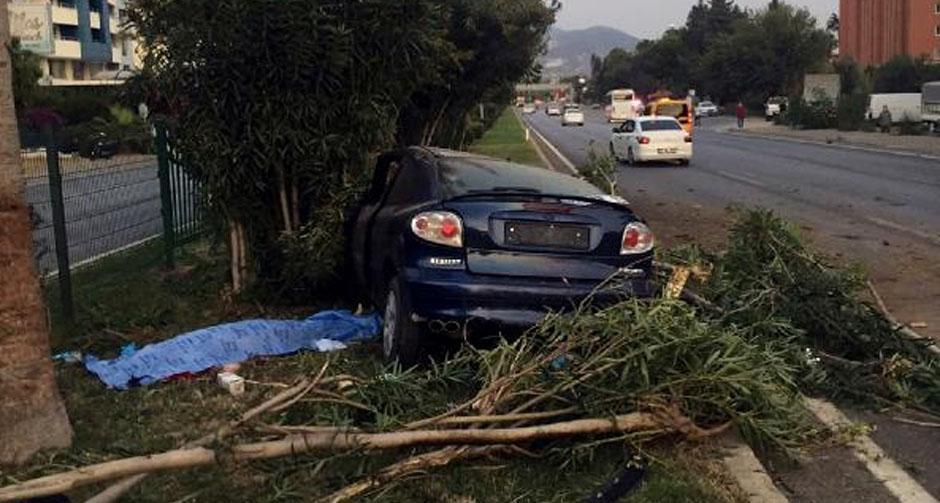 Antalya'da feci olay! Otostop yaparak bindiği araç sonu oldu