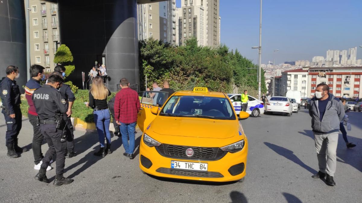 Esenyurt'ta taksiciler arasında bıçaklı sopalı kavga