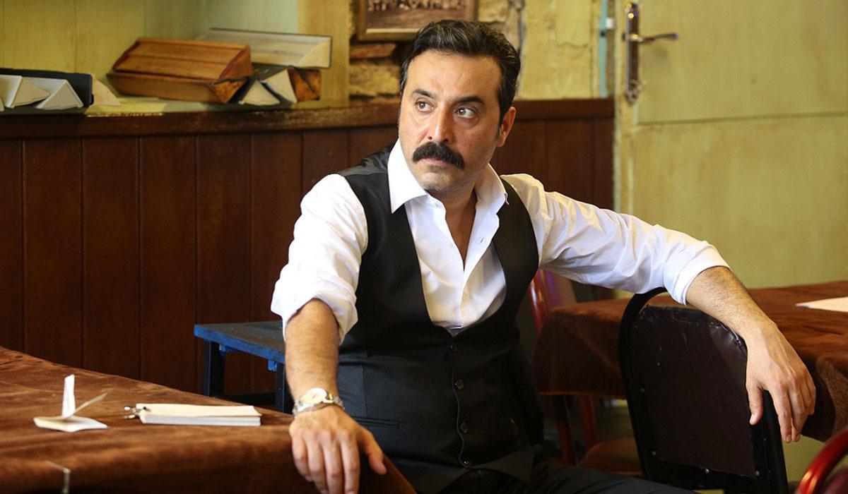 Mustafa Üstündağ aşkını sosyal medyadan ilan etti