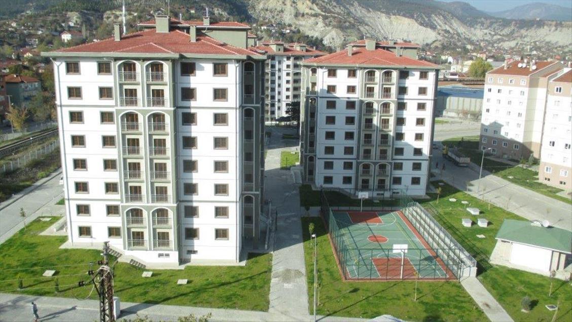 TOKİ'den dar gelirli vatandaşlar için 100 bin konut