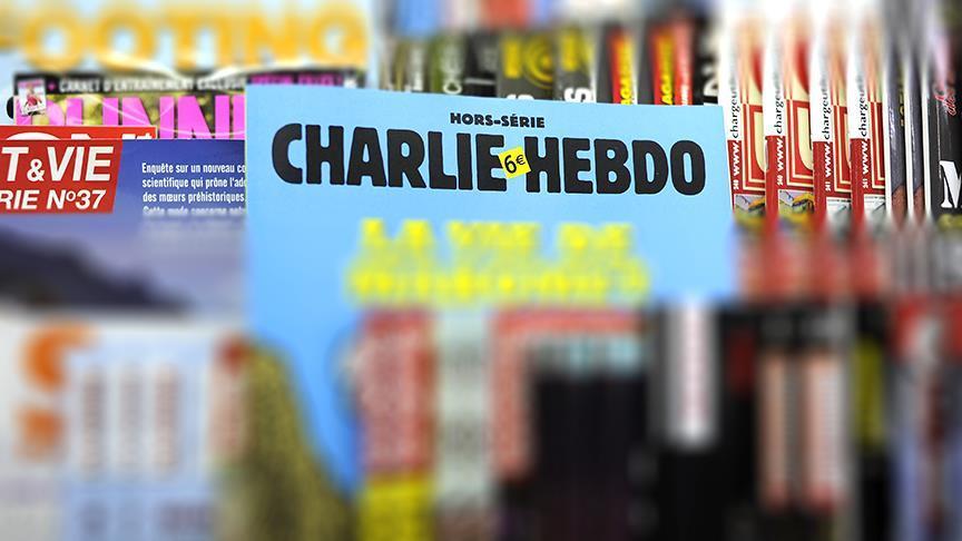 Bakan Albayrak'tan 'Charlie Hebdo' tepkisi