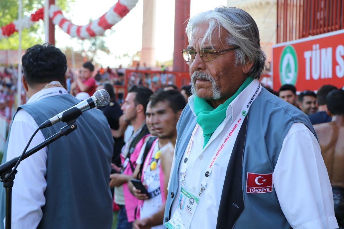 'Pele Mehmet' koronavirüsten öldü