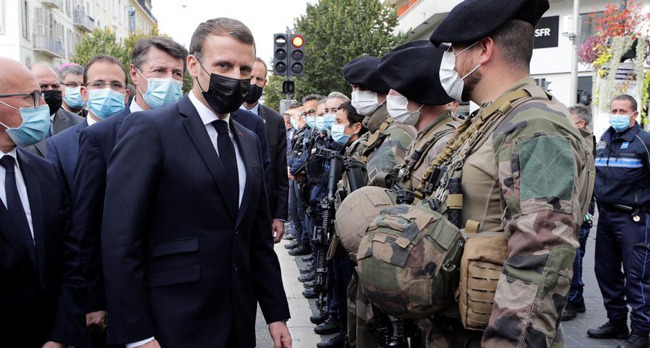 'Asla teslim olmayacağız' diyerek asker sayısını artırdı