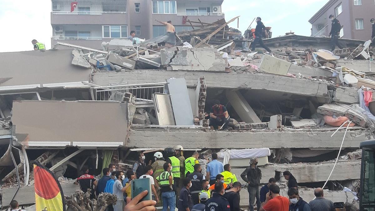 Egeli turizmciler: Tesislerimizi İzmirli depremzedelere açmaya hazırız