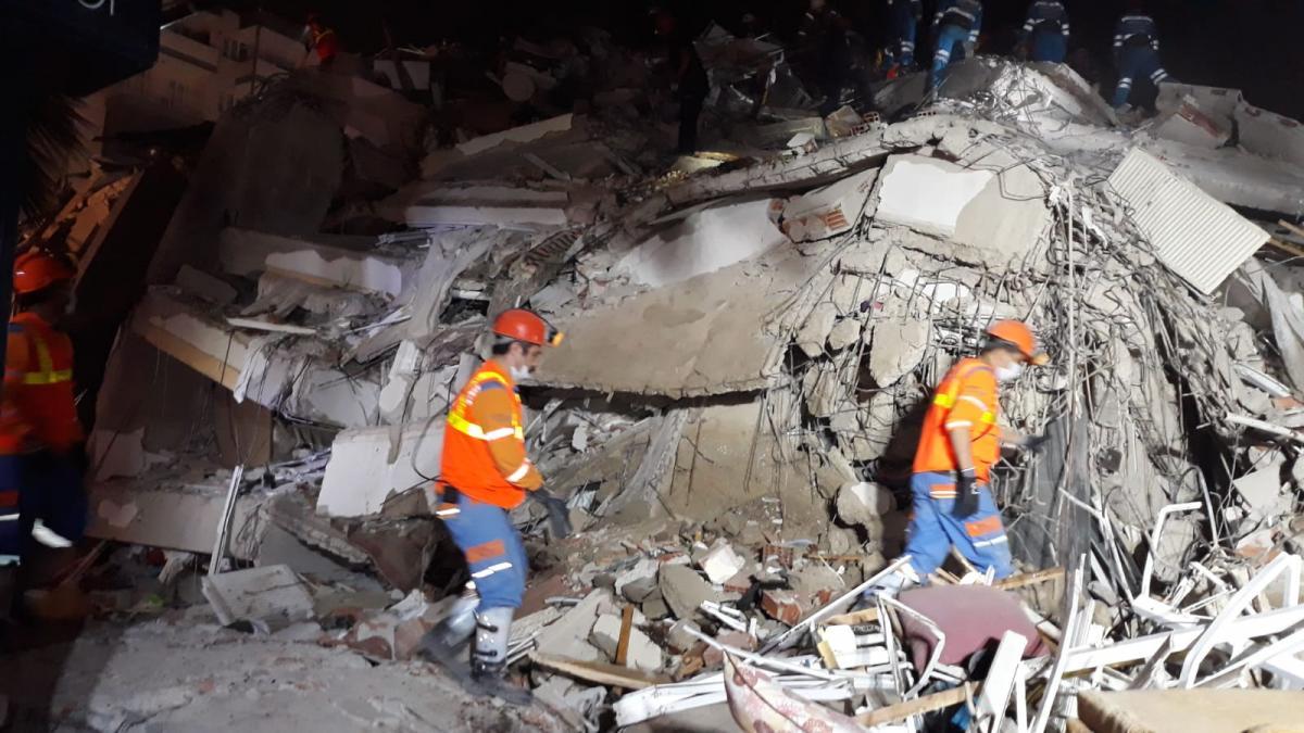 İzmir depremin ardından dünyadan Türkiye'ye destek mesajı yağdı