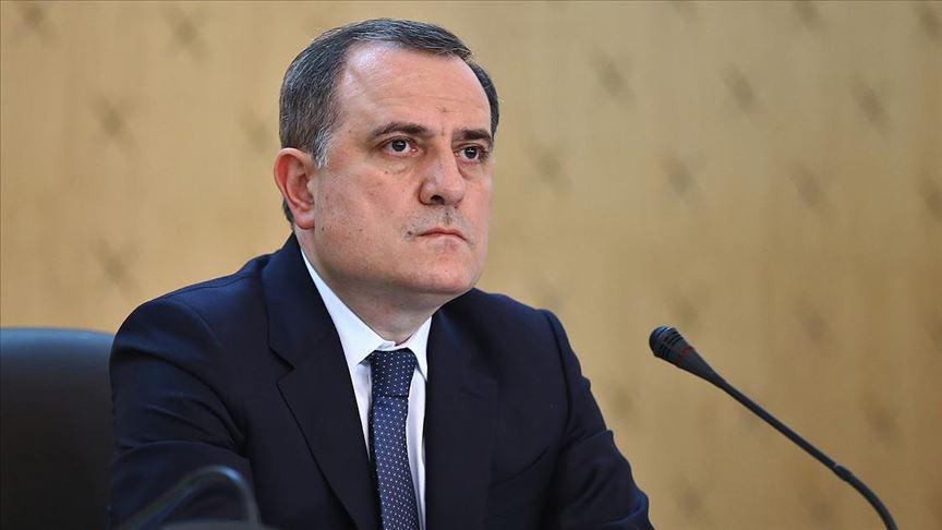 Azerbaycan ve Ermenistan sivilleri hedef almama konusunda anlaştı