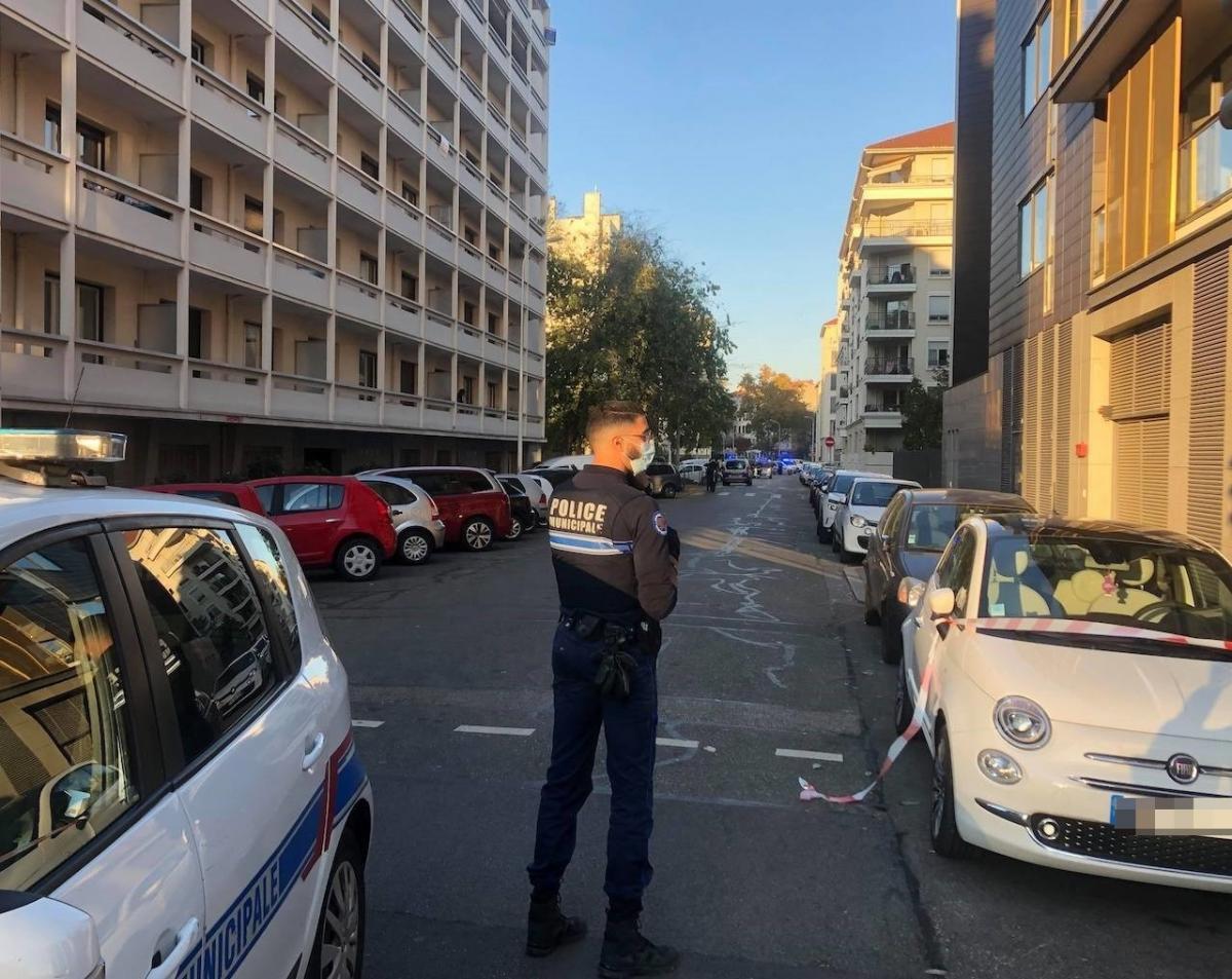 Fransa'da Yunan Ortodoks kilisesinde saldırı!