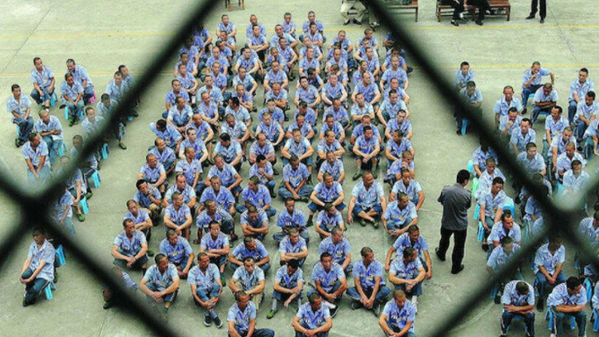 İnsan Hakları İzleme Örgütü Çin'in Uygurlara karşı insanlık suçu işlediğini  açıkladı